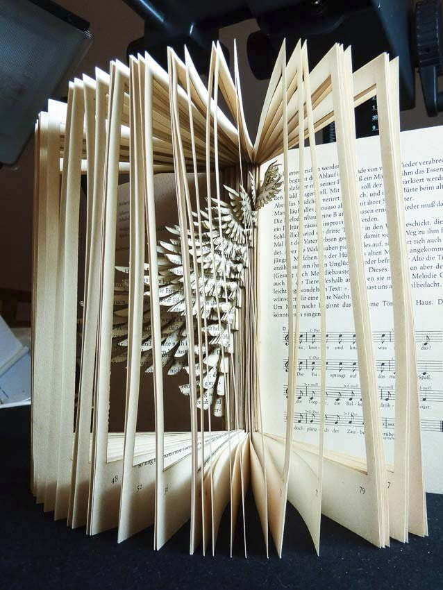 Lasercut book - Bird cage